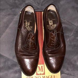 Bruno Magli Charles brown dress shoes EUC
